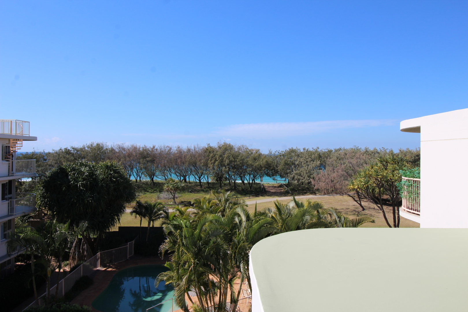 Surfside by the beach Unit 16  -  Located just minutes from the beautiful Kawana Beach !